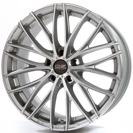 OZ Racing Italia 150 5H 8x19/5x120 D79 ET45